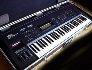 Yamaha SY77 Music Synthesizer