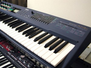 Yamaha AN1x Synthesizer