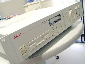 Akai S2000 Digital Sampler