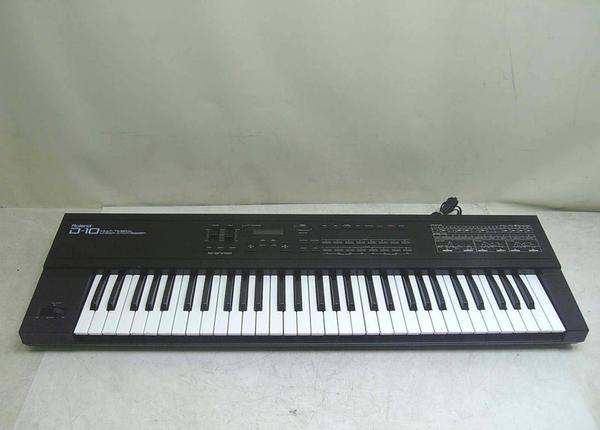 Roland D-10 Synthesizer and Drum Machine – Jim Atwood in Japan