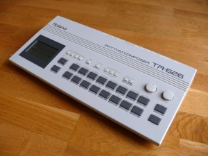 Roland TR-626 Drum Machine