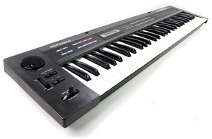 Roland Alpha Juno 2 Synthesizer