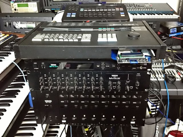Yamaha RX11 QX1 SPX90 MV802 TX816